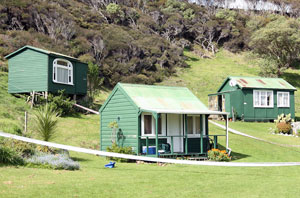 DONNA PAGET/Waikato Times DEATH SCENE: The cabin in which two men died and one suffered serious carbon monoxide poisoning after taking their portable charcoal cooker inside to keep warm. Images may be subject to copyright.