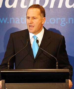 http://newzeelend.files.wordpress.com/2008/11/john-key.jpg
